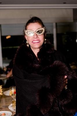 Narcisa Tamborindeguy de volta da Grécia aparece no lançamento do aperitivo Lilet no Copacabana Palace