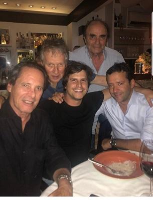 Pedro Sampaio Braun posta foto com seus melhores good fellas