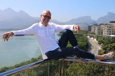 Segunda feira é dia do hairstylist Beto Galvão no Crystal Hair em Ipanema
