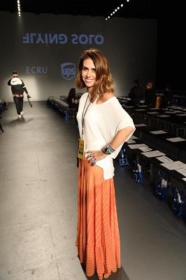 Juliana Mansur ganha aplausos no desfile da Undertop na New York Fashion Week