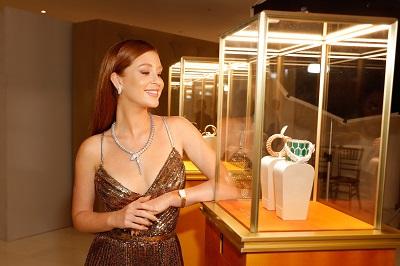 Marina Ruy Barbosa na Cidade do México no lançamento dos relógios Bvlgari