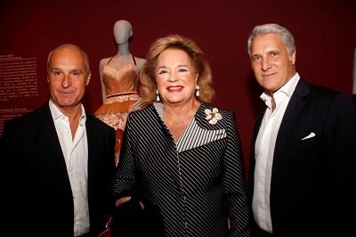 """A abertura da exposição """"Vestindo o Tempo – 70 Anos de Moda Italiana"""" no Instituto Tomie Ohtake"""