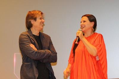 Juliette Binoche brilha na festa de 30 anos da Imovision no cinema Reserva Cultural Niterói