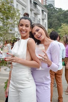 Influenciadores testam a nova bebida Ketel One Botanical no Palácio Tangará em São Paulo