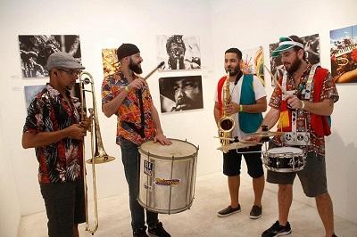 """""""Chama o Bloco"""" exposição de fotógrafos cariocas na Galeria Bianca Boeckel em São Paulo"""
