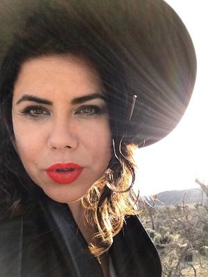 """Tita Lima canta """"Essa Moça tá Diferente"""" no projeto """" Chico e Minhas Amigas"""" top exclusive"""