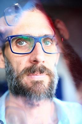 O artista Guilherme Dable em entrevista exclusiva para o site abre nossa semana